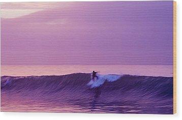 Daybreak At Rincon Wood Print by Ron Regalado