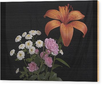 Daylily And Roses Wood Print by Michael Peychich