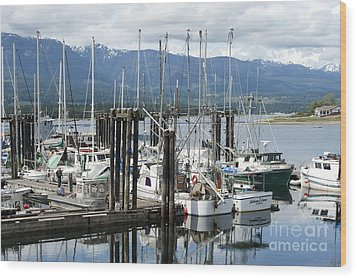 Deep Bay Harbor Wood Print by Artist and Photographer Laura Wrede