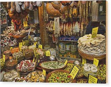 Deli In The Olivar Market In Palma Mallorca Spain Wood Print by David Smith
