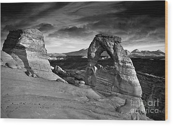Delicate Arch Bw Wood Print