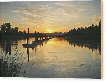 Wood Print featuring the photograph Delta Sunset by Albert Seger