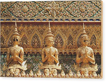 Demon Guardian Statues At Wat Phra Kaew Wood Print by Panyanon Hankhampa