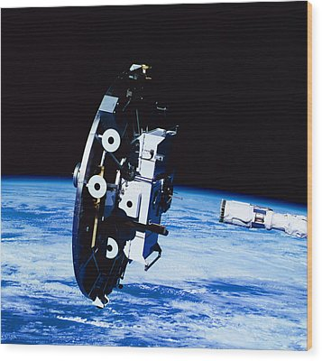 Deployment Of A Satellite In Space Wood Print by Stockbyte