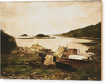 Derelict Boat In Outer Hebrides Wood Print by Jasna Buncic