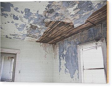 Deteriorating Ceiling In An Abandoned House Wood Print by Jetta Productions, Inc