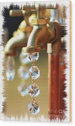 Diamond Drops Wood Print by Lori Mellen-Pagliaro