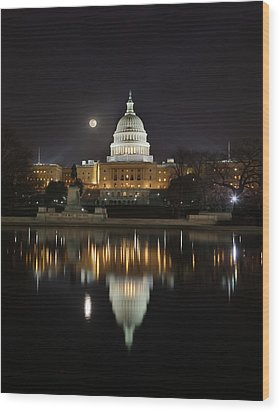 Digital Liquid - Full Moon At The Us Capitol Wood Print by Metro DC Photography