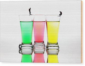 Diving In Colorful Water Wood Print by Paul Ge