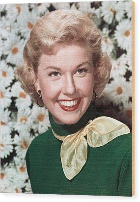 Doris Day, Circa 1950s Wood Print by Everett