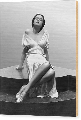 Dorothy Lamour, 18 Years Old, 1933 Wood Print by Everett