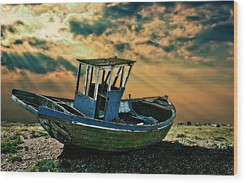 Dramatic Dungeness Wood Print by Meirion Matthias