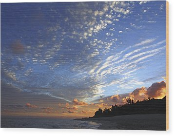 Dramatic Hawaiian Sky Wood Print by Vince Cavataio