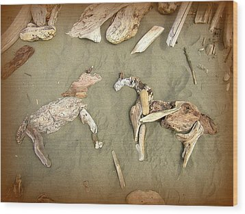 Drifting Horses Wood Print by Cindy Wright