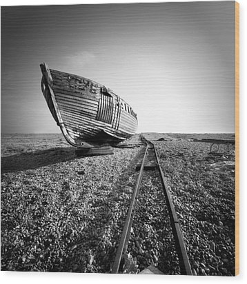 Dungeness Ship Wreck II Wood Print by Nina Papiorek