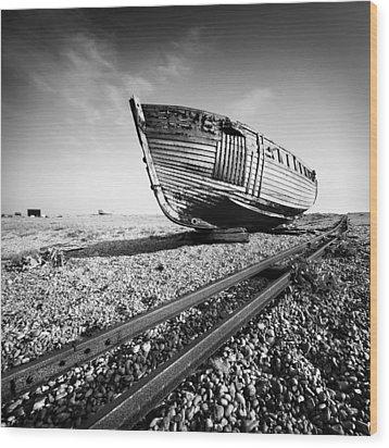 Dungeness Ship Wreck Wood Print by Nina Papiorek