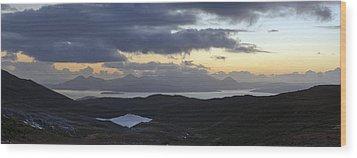 Dusk Panorama Of Skye Wood Print by Gary Eason