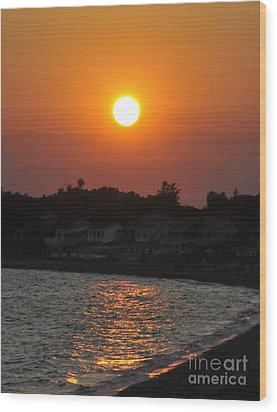 Wood Print featuring the photograph Early Evening Sunset by Cindy Lee Longhini