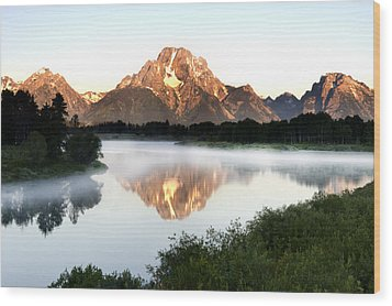 Early Morning Fog Oxbow Bend Wood Print by Paul Cannon