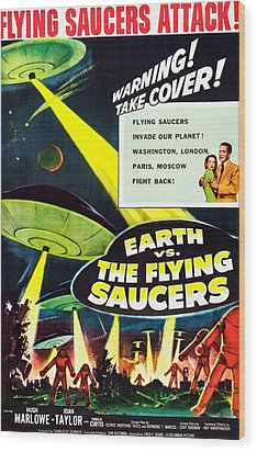 Earth Vs. The Flying Saucers, 1956 Wood Print by Everett