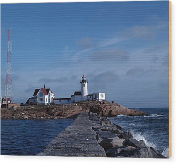 Wood Print featuring the photograph Eastern Point Light by Mike Martin