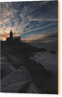 Eastern Point Lighthouse At Sunrise Wood Print by Dave Sribnik