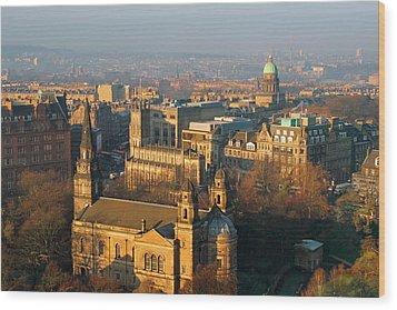 Edinburgh On A Winter's Day Wood Print by Christine Till