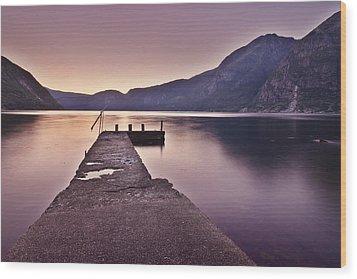 Eidfjord At Sunset Wood Print by Jesus Villalba