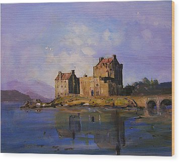 Eilean Donan Castle Wood Print by Peter Tarrant