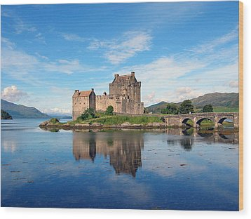 Eilean Donan Wood Print by Harvey Barrison