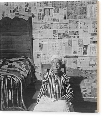 Elderly Former Slave In Her Sitting Wood Print by Everett