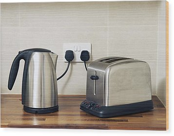 Electric Kettle And Toaster Wood Print by Johnny Greig