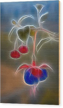 Electrifying Fuchsia Wood Print by Susan Candelario