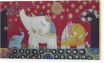 Elephant Family. Wood Print by Suwannee Wannasopha