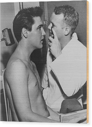 Elvis Presley, 1935-1977, Bare-chested Wood Print by Everett