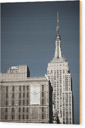 Empire State 2 Wood Print by Darren Martin