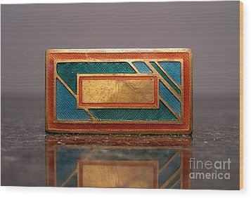 Enamels 30 Wood Print by Dwight Goss