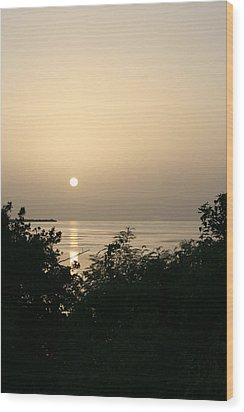 End Of The Day Wood Print by Jessica Jandayan