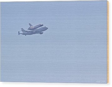 Endeavour Flyover Wood Print by Heidi Smith
