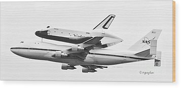 Enterprise Shuttle Nyc -black And White  Wood Print by Regina Geoghan