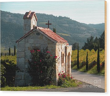Entrance To Amorosa Wood Print by Gail Salituri