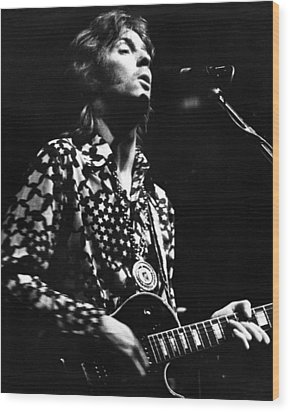 Eric Clapton 1967or 8 In Cream Wood Print by Chris Walter