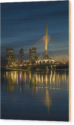 Esplanade Bridge Over Red River Wood Print by Mike Grandmailson
