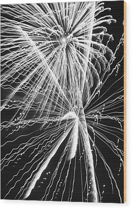 Explosions For Sovereignty And Liberty Wood Print by Carolina Liechtenstein