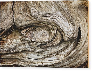 Eye Of Mystery Knot In Wood Wood Print