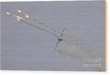 F-16 Vortex II Wood Print by Lee Sure