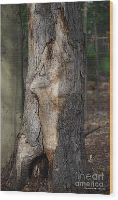 Wood Print featuring the photograph Face In The Tree by Tannis  Baldwin