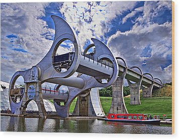 Falkirk Wheel Wood Print by Wendy White