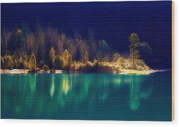Fall Along The Lake Wood Print by Thomas Born