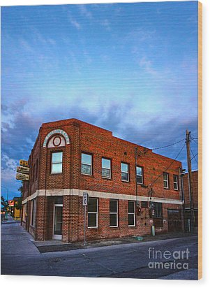 Fallon Nevada Building Wood Print by Gregory Dyer
